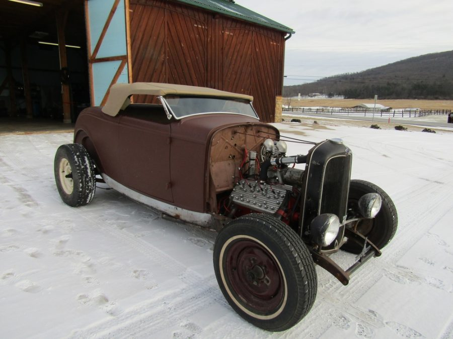 1932 FORD HIGHBOY  185090248