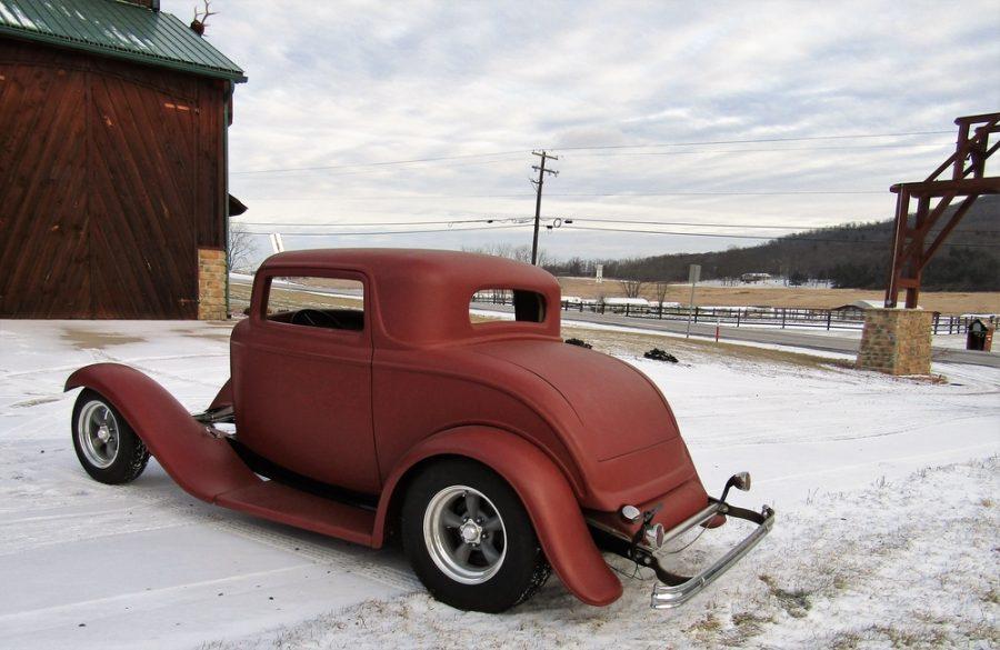 1932 FORD 5 WINDOW 121510