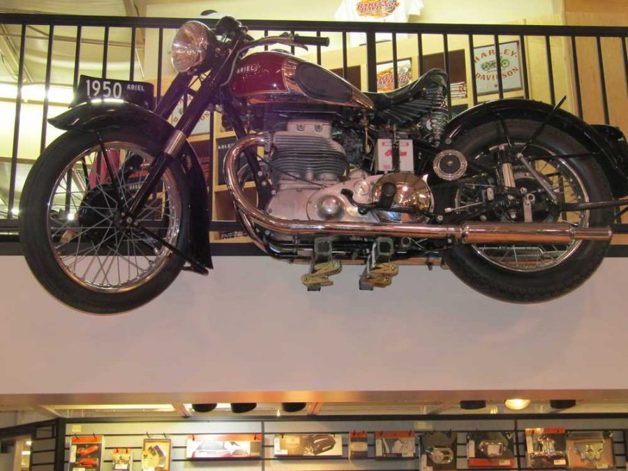 1950 ARIEL SQUARE FOUR CW479